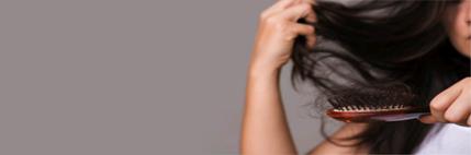 Γυναικεία τριχόπτωση; Η λύση είναι ο Δερματολόγος.
